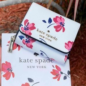NewInBox♠️Kate Spade Trifold Wallet Floral